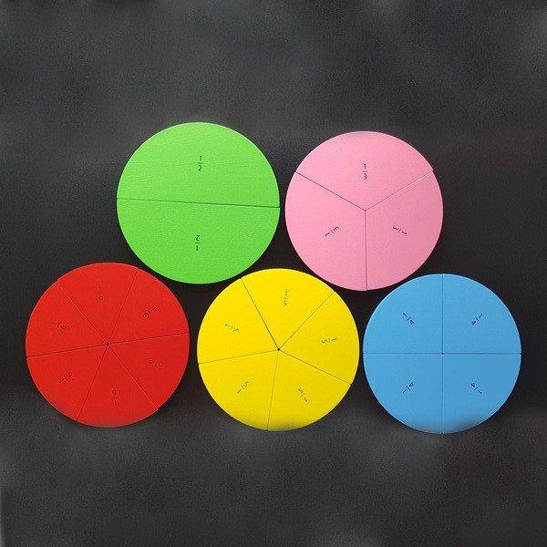 дроби на круге 1/2-1/6, на магнитах, Komarovtoys А 371