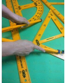 Чертежный набор для школьной доски пластиковый (5 предметов: 2 треугольника, транспортир, циркуль, линейка 1 м) - kanc 3113