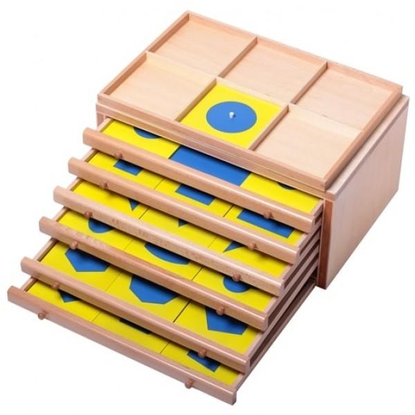Комод геометрический с карточками
