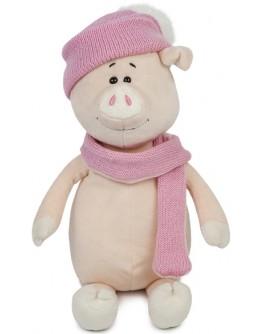Мягкая игрушка Свинка Аша с шарфом и шапкой, 22 см