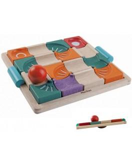 Дерев'яна іграшка Plan Toys Балансуючий лабіринт з кулькою (5604) - plant 5604