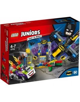 Конструктор LEGO Juniors Джокер атакует Бэтпещеру (10753) - bvl 10753