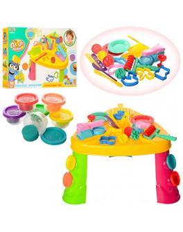 Игровой набор столик с тестом для лепки и формочками (MK 1218)